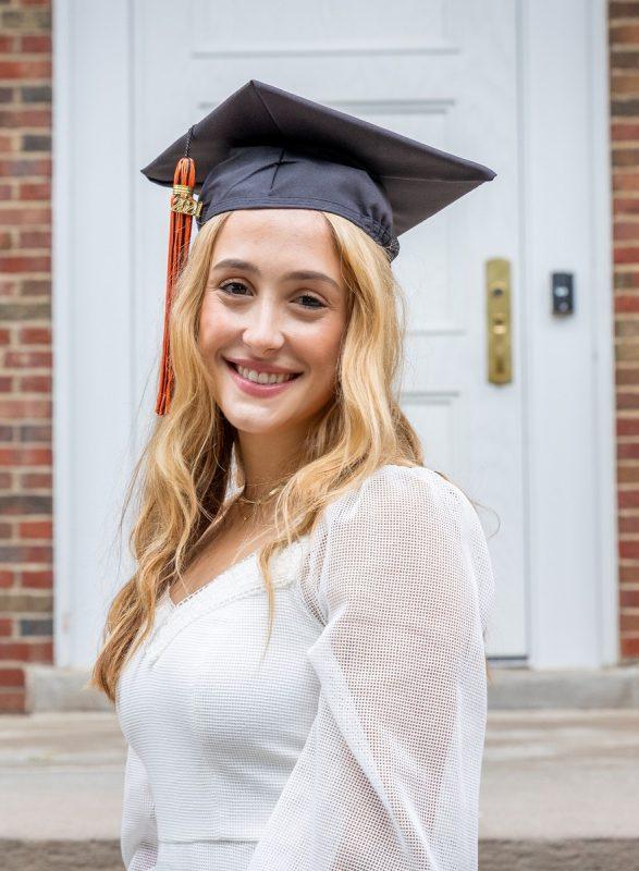 2021 Fulbright Scholar Helen Pelak