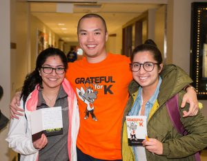 Students express their gratitude to Kalamazoo College donors by writing thank-you cards on Grateful for K Day.