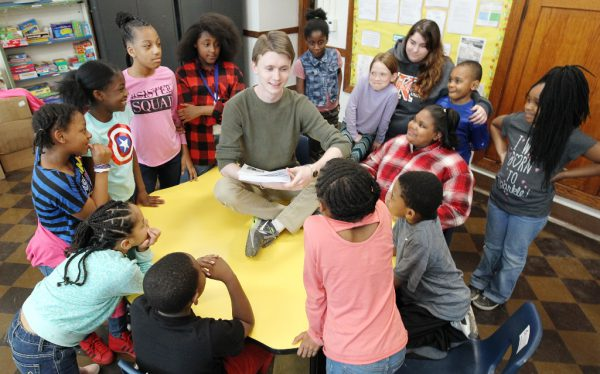 Kevin McCarty Helps a Class Develop Literacy Skills
