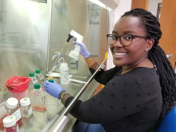 Student Prepares for Alzheimer's Research
