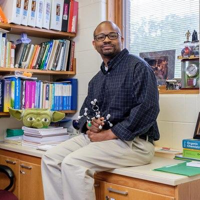 Teaching Fellowship Grant Recipient Dwight Williams cMUMMA 0041_Showcase